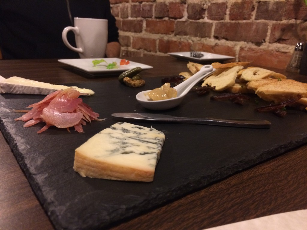 Tapa That Cheese plate